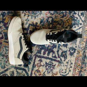 Vans  Ultra Range Men Sneakers NWOT
